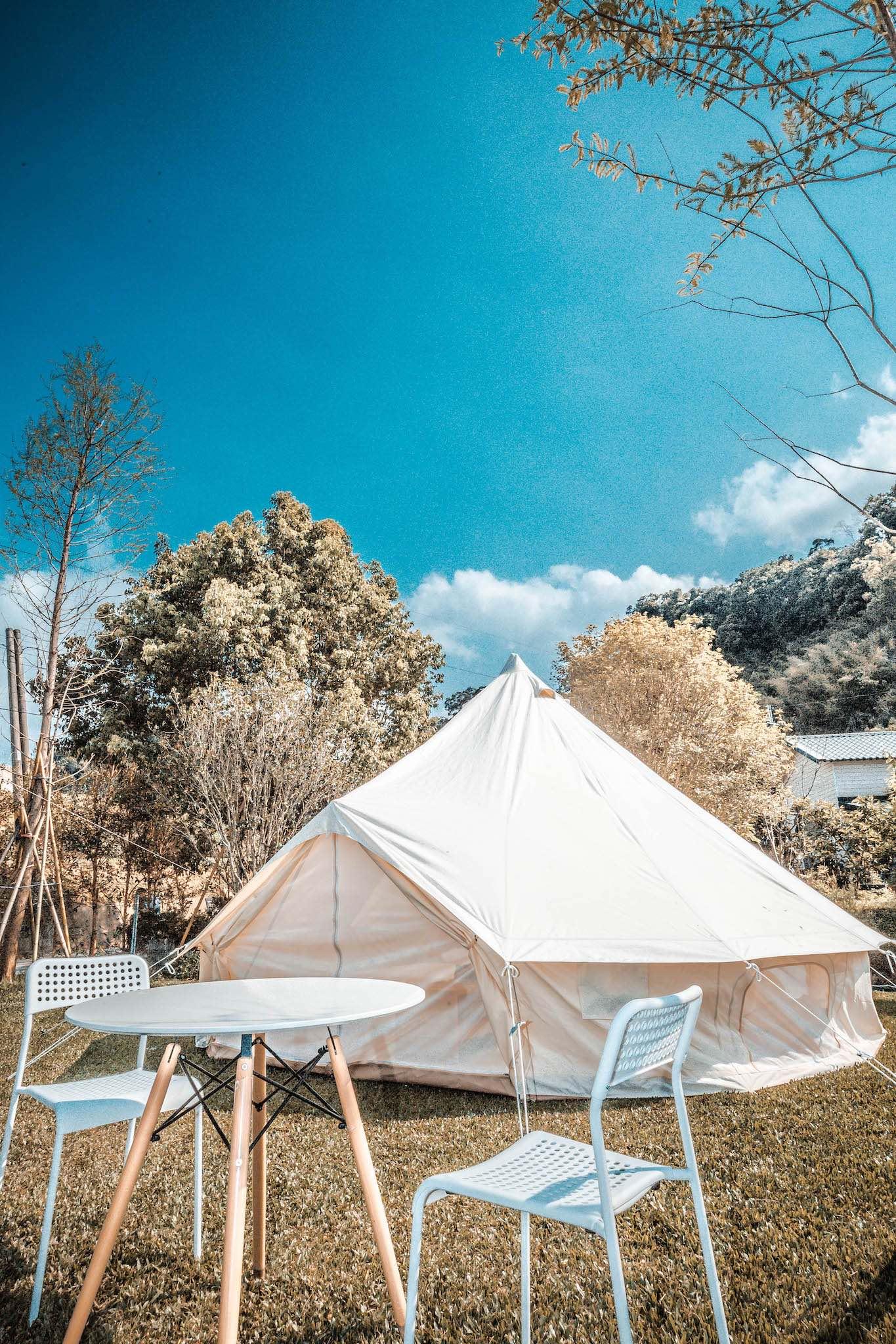 kidsvillage-camp-outside-2